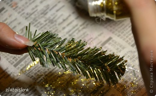 Мастер-класс Поделка изделие Новый год Рождество Моделирование конструирование Шишка из яичных лотков МК Материал бросовый фото 23