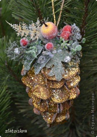 Мастер-класс Поделка изделие Новый год Рождество Моделирование конструирование Шишка из яичных лотков МК Материал бросовый фото 37