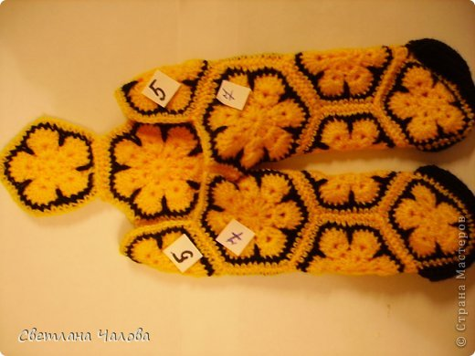 Мастер-класс Вязание крючком МК Жирафик по имени Ирис в технике африканский цветок  Пряжа фото 16