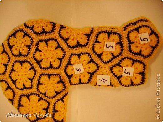 Мастер-класс Вязание крючком МК Жирафик по имени Ирис в технике африканский цветок  Пряжа фото 31