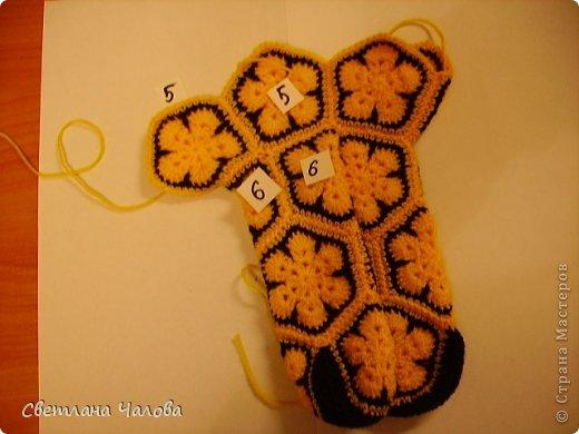Мастер-класс Вязание крючком МК Жирафик по имени Ирис в технике африканский цветок  Пряжа фото 10