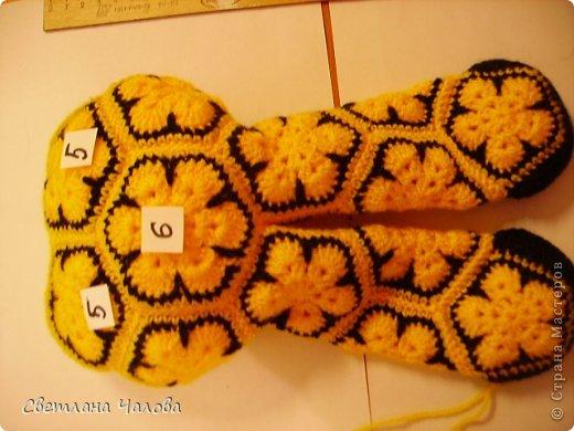 Мастер-класс Вязание крючком МК Жирафик по имени Ирис в технике африканский цветок  Пряжа фото 11