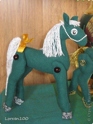 Поделка изделие Новый год Шитьё Лошадки -повторюшки Ткань фото 1