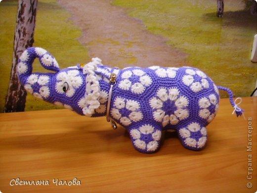 Мастер-класс Вязание крючком МК Слоник из вязанных элементов африканский цветок  Пряжа фото 1