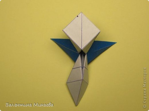 Name: Curly tulip Designer: Valentina Minayeva Parts: 30 Paper: 10,0 x 10,0  10,0 with glue AND... фото 39