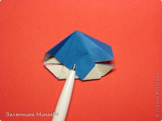 Name: Bonsai kusudama Designer: Valentina Minayeva Parts: 30 Paper: 9,5 x 9,5 10,0 without glue  Модераторам сайта показался данный МК недостаточно понятным, впрочем как и парочка других, поэтому не удивляйтесь, если фотографии с наипростейшими шагами будут сопровождаться разжеванными пояснениями с моей стороны :)  фото 29