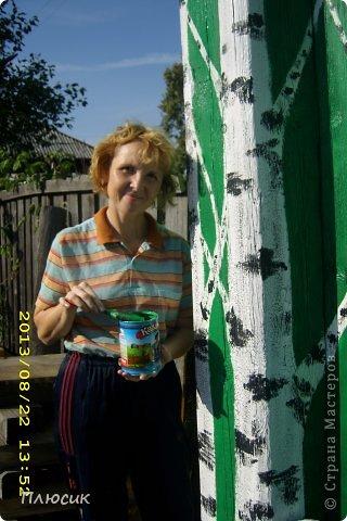 """Это ворота моего дома. Образ берёзок появился в результате одной бессонной ночи с мыслями: """"Завтра ворота надо покрасить. Зелёная краска есть, но мало. Может белую как-нибудь пристроить? Может столбы белым покрасить?.....""""  фото 5"""