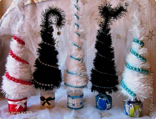 Доброго всем дня!!! Придумались у меня вот такие сапоги размер примерно 30см. Сама не ожидала, что такие прикольные получатся, очень красиво смотрятся как настенное украшение(можно вместо рождественского веночка. фото 8