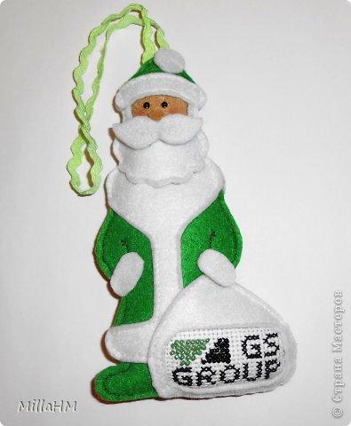 Мастер-класс Поделка изделие Новый год Шитьё Ёлочная игрушка из фетра Дед Мороз Бисер Нитки Фетр фото 5