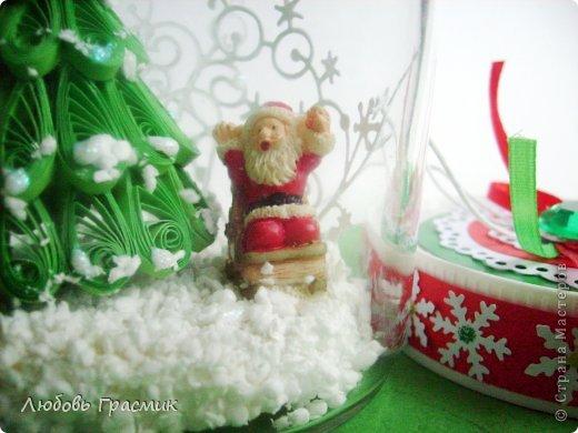 """Снежная баночка """"Как Дед Мороз нашел подходящую елочку"""" фото 1"""