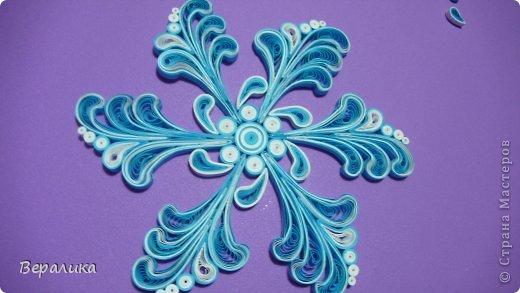 Мастер-класс Новый год Квиллинг МК снежинки-узора Бумажные полосы фото 18