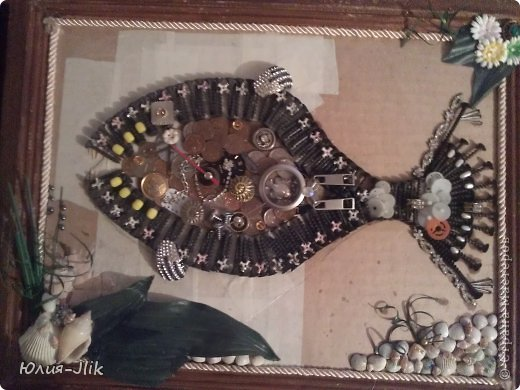 Мастер-класс День рождения Коллаж Моделирование конструирование рыбка из гвоздиков Бумага Бусинки Клей Листья Ракушки фото 8