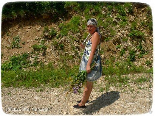 """Пару лет назад мы воплотили в жизнь свою мечту и выбрались на самую видную из нашего посёлка гору Гебеус. На ней всегда стояла телевышка и видна она практически отовсюду. С вершины видны сразу 4 посёлка. Архипо-Осиповка, Тешебс, Джубга и Бжид. И ещё очень хорошо просматривается городок """"Голубой поток"""" откуда идёт газ на Турцию. фото 52"""