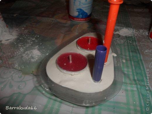 """Предлагаю Вам сегодня смастерить подсвечники из гипса для длинных свечей и свечей-таблеток. На авторство техники не претендую, (я вообще люблю изобретать """"велосипеды"""") но считаю своим изобретением =) фото 7"""