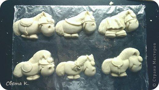 Мастер-класс Новый год Лепка Лошадки-магниты МК по лепке Тесто соленое фото 27