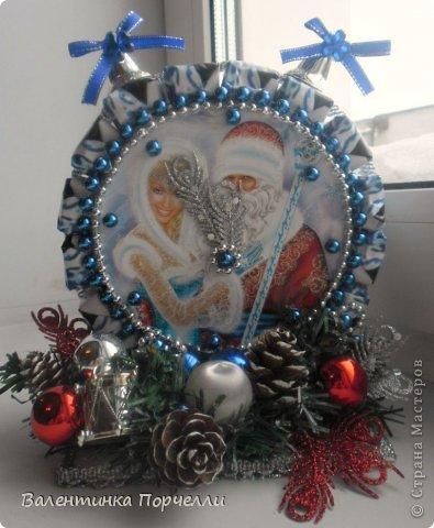 Привет Страна!!!У меня тоже Новый год)))Наконец-то....Долго я смотрела на работы девочек-будильнички-облизывалась и вот решилась.Нашла очень понятный МК.Вот ссылка    http://www.liveinternet.ru/users/natali_tiraspolskaya/post300858378 фото 9