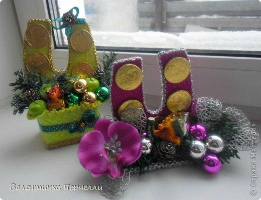 Привет Страна!!!У меня тоже Новый год)))Наконец-то....Долго я смотрела на работы девочек-будильнички-облизывалась и вот решилась.Нашла очень понятный МК.Вот ссылка    http://www.liveinternet.ru/users/natali_tiraspolskaya/post300858378 фото 13