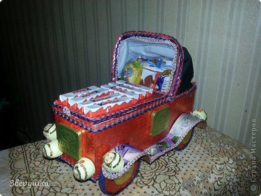 """букеты из конфет """"ретро автомобиль"""" фото 1"""