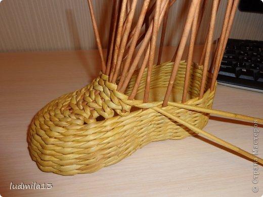 Мастер-класс Поделка изделие Плетение МК башмачок Бумага газетная Трубочки бумажные фото 17