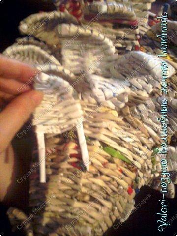 Мастер-класс Поделка изделие Новый год Плетение Ёлочка из газетных трубочек МК Бумага газетная Бусинки Бутылки пластиковые Гипс Клей Кружево Ленты Салфетки Трубочки бумажные фото 42