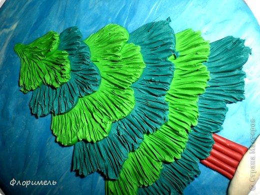 Картина панно рисунок Мастер-класс Новый год Аппликация из пластилина + обратная Лепка Ёлочка 2 варианта Пластилин фото 8