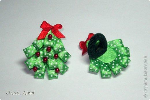 Какой же все-таки волшебный праздник этот Новый Год. Хочешь быть снежинкой - будь, хочешь елочкой - да пожалуйста. Один костюм (снежинки) мы уже выгуляли, а вот костюм елочки завтра опробуем на новогоднем представлении. ПОЗДРАВЛЯЮ ВСЕХ С НАСТУПАЮЩИМ НОВЫМ ГОДОМ!!! фото 4