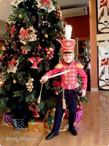 Отважный пират! Этот костюм шился в 2010 году для сына знакомой на садиковский утренник. Позднее костюм был доработан и дополнен новыми деталями. Думаю это уже окончательный вариант. фото 24