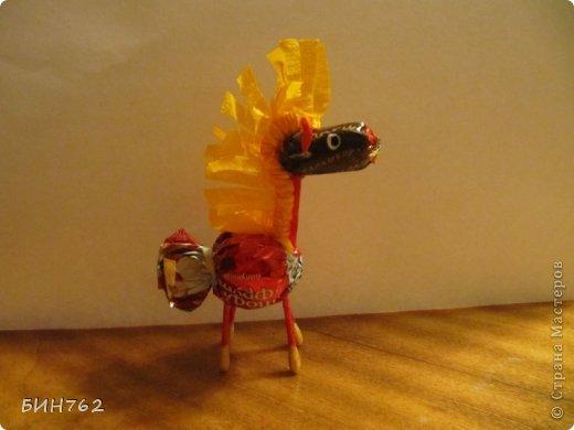 Мастер-класс Свит-дизайн День рождения Новый год Весёлые лошадки+ МК Бумага гофрированная Краска Проволока Продукты пищевые Трубочки коктейльные фото 1