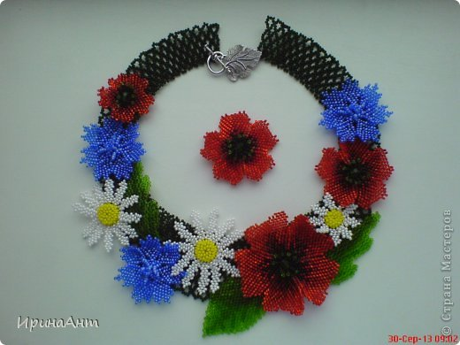Колье и цветок для шпильки на волосы фото 1