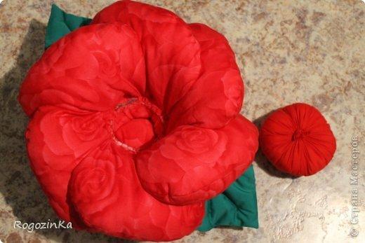 Интерьер Мастер-класс Шитьё Подушка - Роза МК по изготовлению Нитки Ткань фото 12