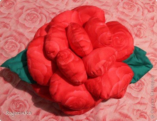 Интерьер Мастер-класс Шитьё Подушка - Роза МК по изготовлению Нитки Ткань фото 19