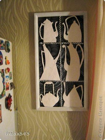 Давно не давала покоя работа  Светланы ШиШиКиНой ( https://stranamasterov.ru/node/492773?c=favorite) по рисунку Виктории Кирдий. Чайники сделала не из соленого теста, а из полимерной глины. фото 3