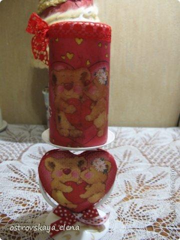"""Со СТАРЫМ НОВЫМ ВСЕХ!!!!!УРЯ, дорогие друзья и соседи!!!!!Там еще китайский новый год будет....и уж, видимо все))))). Но я сегодня про любовь....Уже через месяц день Святого Валентина - праздник, не праздник, а Россия отдает дань """"моде"""", да и пусть - ведь это ж не плохо - перенять хорошее: лишний раз сказать любимому человеку о своих нежных чувствах, похвалить его, приголубить и чЁ-нить подарить))))...мелочь, НО приятно!  Вот и я понаделала кое-что для таких подарочков. Свеча и подсвечник """"влюбленные мишки""""  фото 1"""
