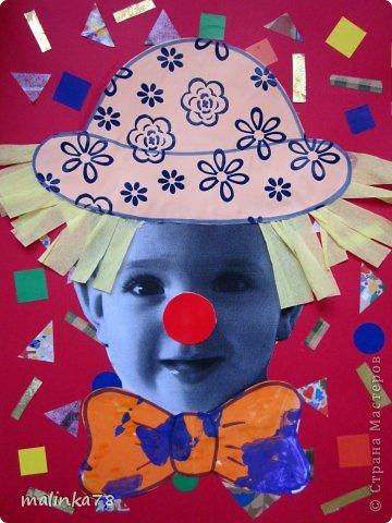 Вот таких клоунов и клоунес мы сделали из наших милых малюток. На этой неделе планируется выезд детей в цирк и на эту тему были сделаны наши работы. Делать их просто, а выглядит работа интересно! фото 4