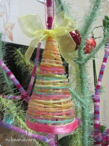 Мастер-класс Поделка изделие Начало учебного года Новый год Моделирование конструирование Колокольчики Бусинки Клей Ленты Нитки фото 5