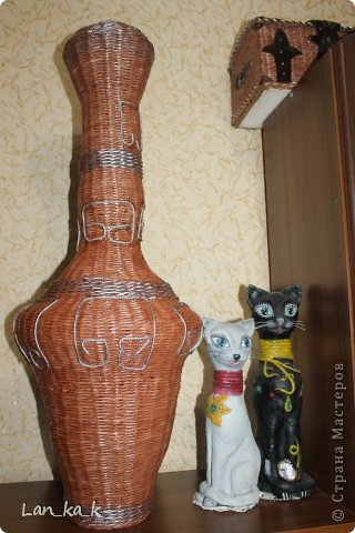 Здравствуйте, жители замечательной Страны!  Первый мой пост в 2014 году… И какой-то не зимний…   Так уж вышло, что сегодня я вновь с вазами – народ решил загодя готовиться к весне, к цветам, к обновлению интерьера. Итог – две вазы…  фото 8