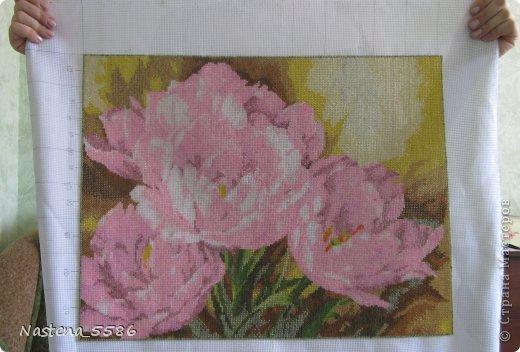 Пионы - Тюльпаны вышитые  бисером фото 1