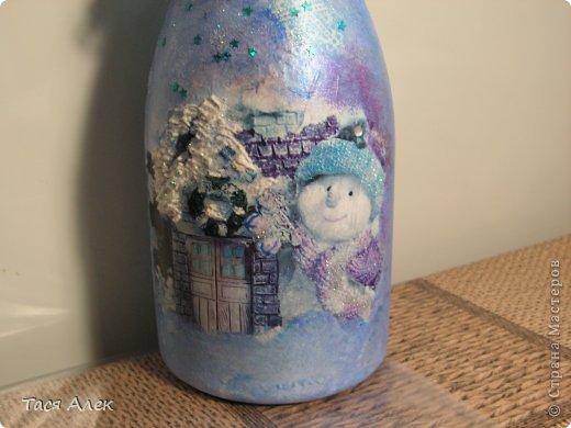 Доброго времени суток всем!!! Продолжаю тему отчета о новогодних подарках.  Этот наборчик - тарелка и бутылка были сделаны в подарок моему брату и его жене.  фото 6