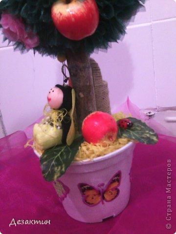 Яблочки, цветочки и пчёлка труженица. фото 2