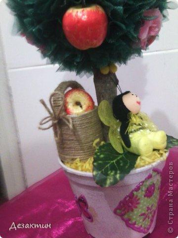 Яблочки, цветочки и пчёлка труженица. фото 3