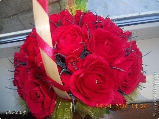 Корзина с розами к дню рождения племянницы. У нас выпал снег и грех было не воспользоваться этим.  фото 4