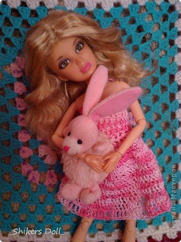 Камилла превратилась в розовую неженку^^ И решила не много по-фотографироваться с любимым зайчиком :) фото 1