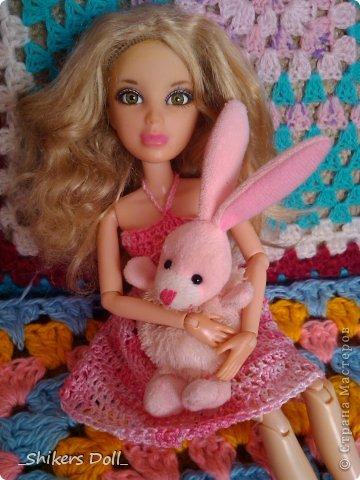 Камилла превратилась в розовую неженку^^ И решила не много по-фотографироваться с любимым зайчиком :) фото 8