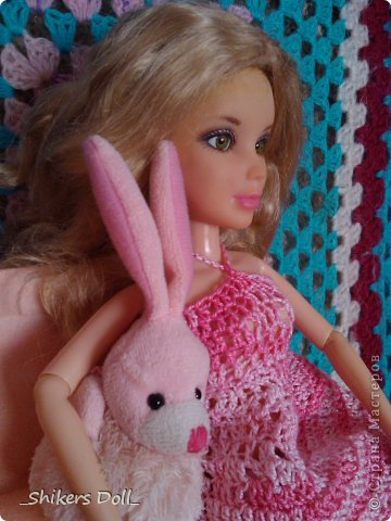 Камилла превратилась в розовую неженку^^ И решила не много по-фотографироваться с любимым зайчиком :) фото 10
