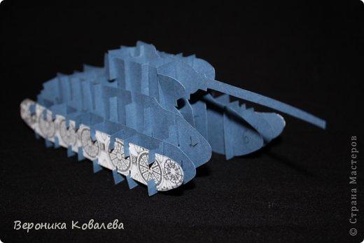 Мастер-класс Открытка 23 февраля Киригами pop-up Оригинальная открытка с танком на 23 Февраля Мастер-класс Бумага фото 1