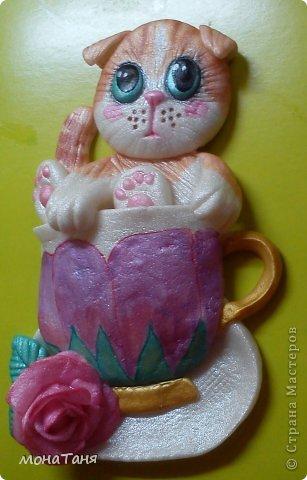 """Здравствуйте!!! Я к Вам с очередным """"чашечным котенком"""". Лепила из ХФ  по рисунку для вышивки из интернета. фото 3"""