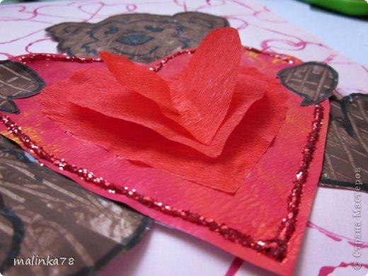 Продолжаем тему дня Святого Валентина. Эту работу мы сделали с детками 3-4 лет.  фото 11