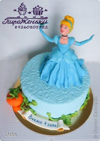 это был мой первый опыт лепки героев на торт фото 6