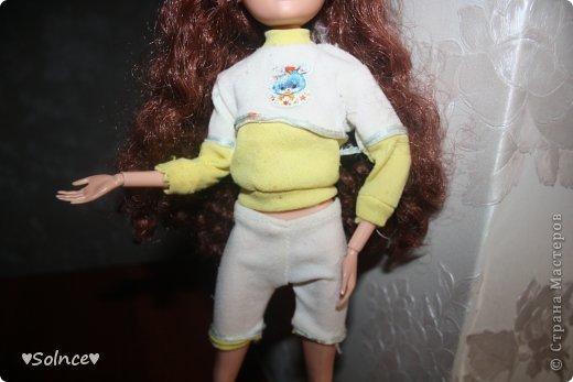 """Всем привет! Я решила создать свой первый конкурс! Он называется """"Моя любимая кукла"""". Для участия нужно взять свою любимую куклу рассказать о ней что она любит делать какой цвет ей нравится и тому подобное.Ну и сшить пару костюмов минимум 2. Работы принимаются до 30 января. Голосование 31 января. 1-ое место - 8 обработанных фото и личное поздравление моих кукляшек. 2-ое место - 6 обработанных  фото. 3-ее место - 5 обработанных фото. фото 5"""