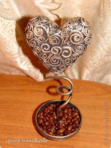Топиарии-сердца в технике пейп-арт фото 3